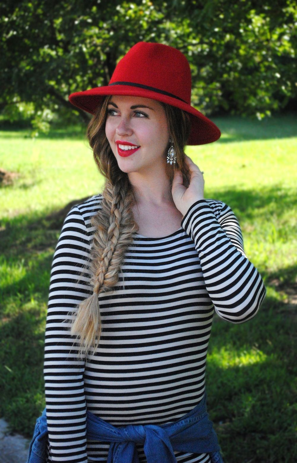 4f64c50e24f9 black and white striped midi dress with red hat outfit inspiration {Style  Savvy Sara}