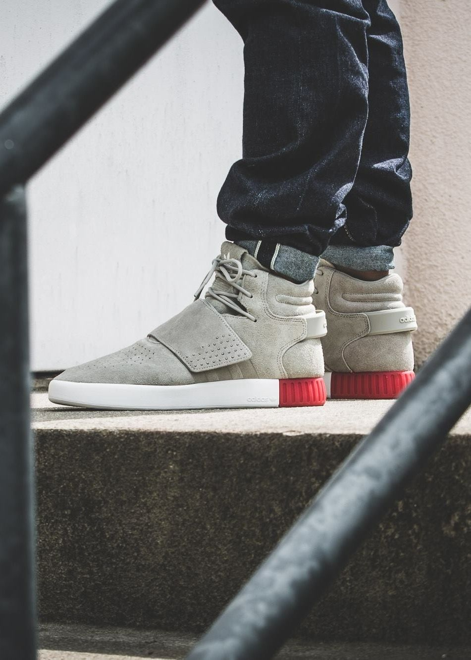 sneakers for cheap 380ca 9eeef adidas Originals Tubular Invader Strap …