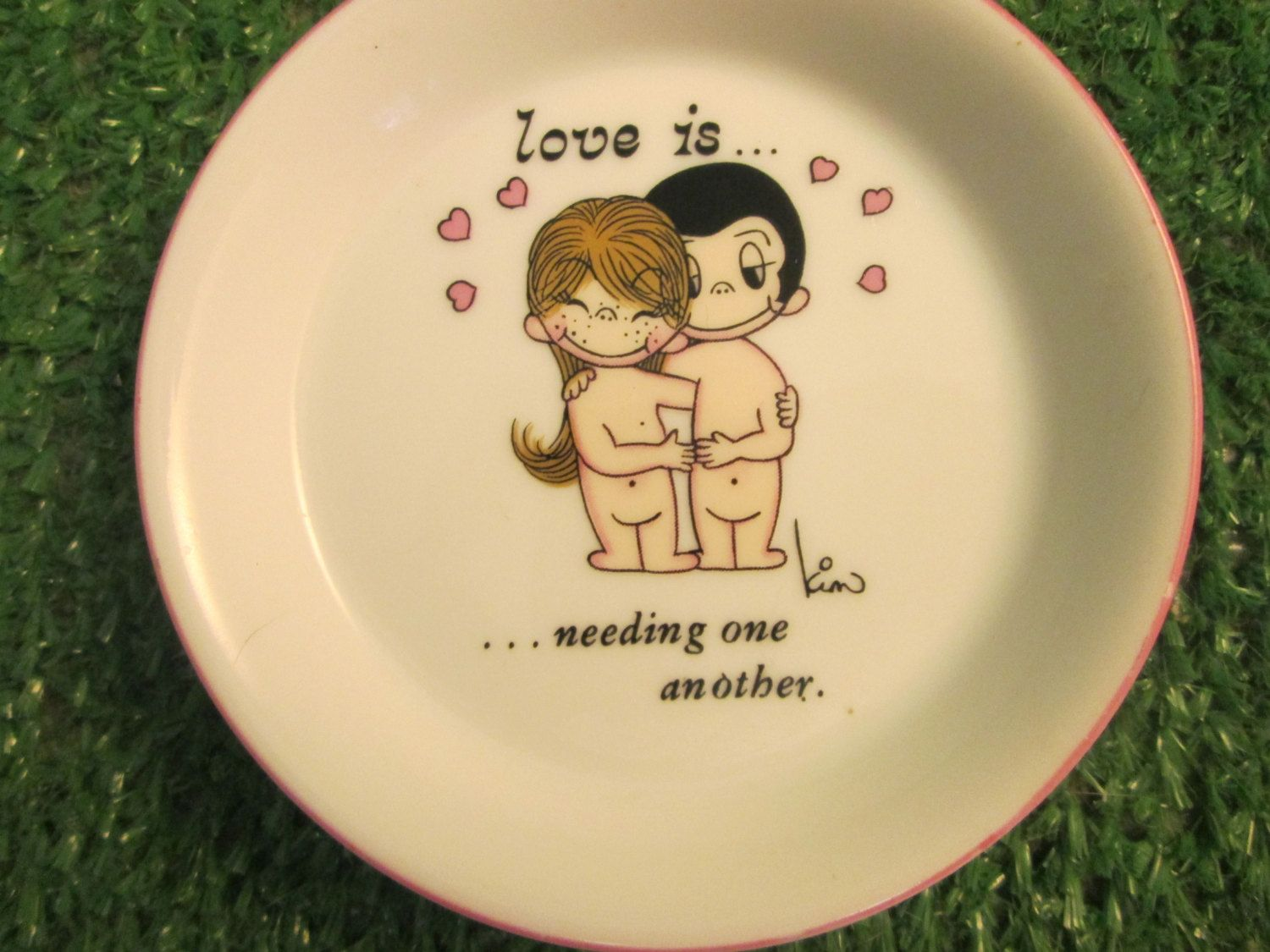 Vintage 1972 george good corporation love iseding one another vintage 1972 george good corporation love iseding one another kim nude couple hugging small dish plate kitschy cute retro whimsical kristyandbryce Images