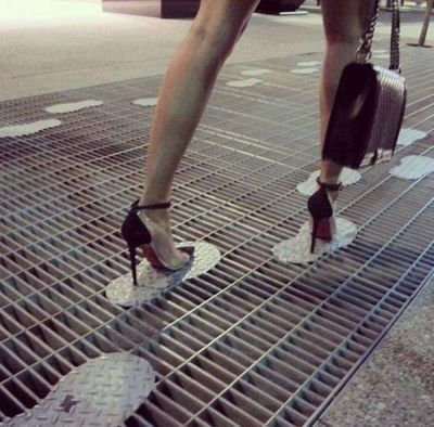toredor - heel way - TodaysFun ... Worlds best funny pictures collection