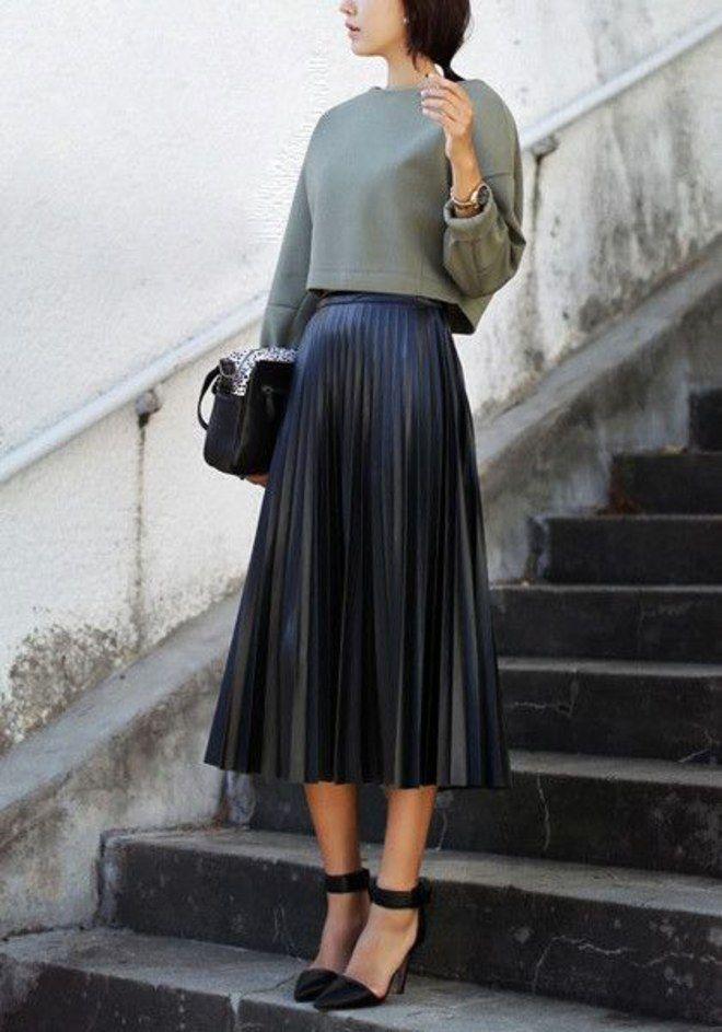 c7b3babe8 O que usar com uma saia plissada? em 2019 | Clothes | Pleated skirt ...