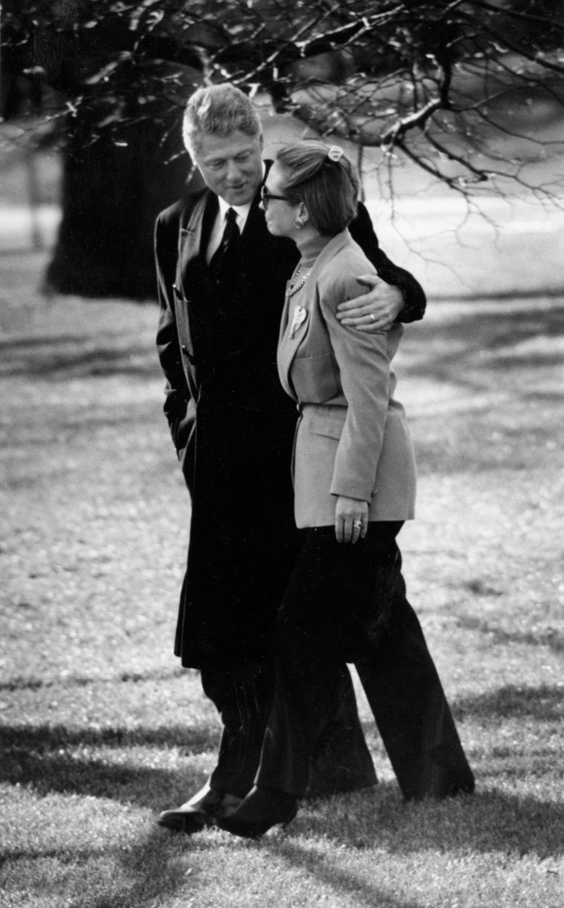 FILE WASHINGTON, DC - JAN 6, 1994:President Bill Clinton is escorted by Hillary to a waiting helicopter. The president was leaving for Arkansas after learning of the death of his mother.(Photo by Margaret Thomas/The Washington Post via Getty Images) via @AOL_Lifestyle Read more: http://www.aol.com/article/2016/10/04/reporter-confronts-bill-clinton-over-hillarys-alleged-cheating/21507845/?a_dgi=aolshare_pinterest#fullscreen