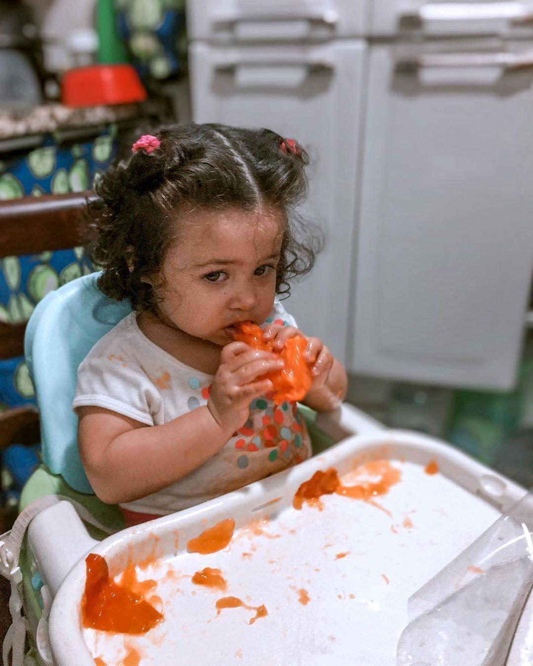 Quem aí ama caqui ? Adoroooo ✨ . . . . .  #bebe #baby #maedemenina #maternidade  #love #amor #gestante  #babygirl #fotografia #instababy #familia #maedeprimeiraviagem #kids #brasil #menino #photography #mamae #gravidez #maternidadereal #modainfantil #mundorosa #cute #newborn #fashion #moda #presets #presetdalari #bohopresets #bohops #Lightroom
