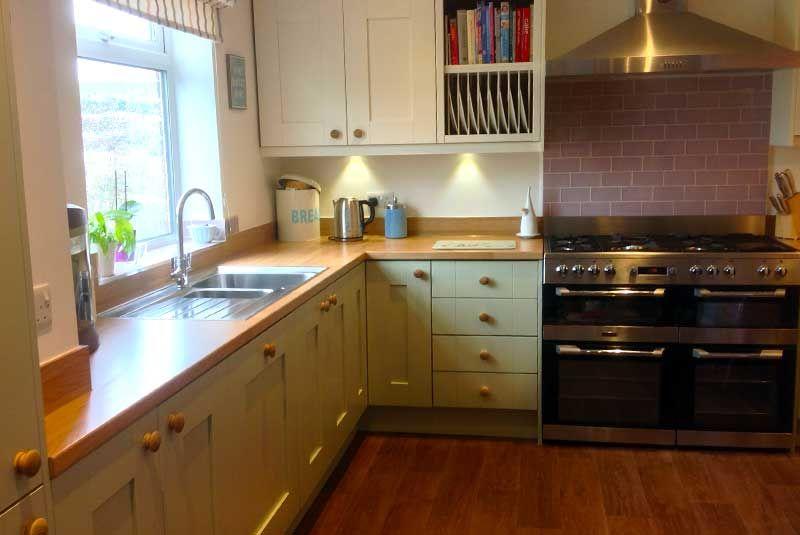 An Innova Malton Painted Sage Kitchen - http://www.diy-kitchens.com/kitchens/malton-painted-sage/details/