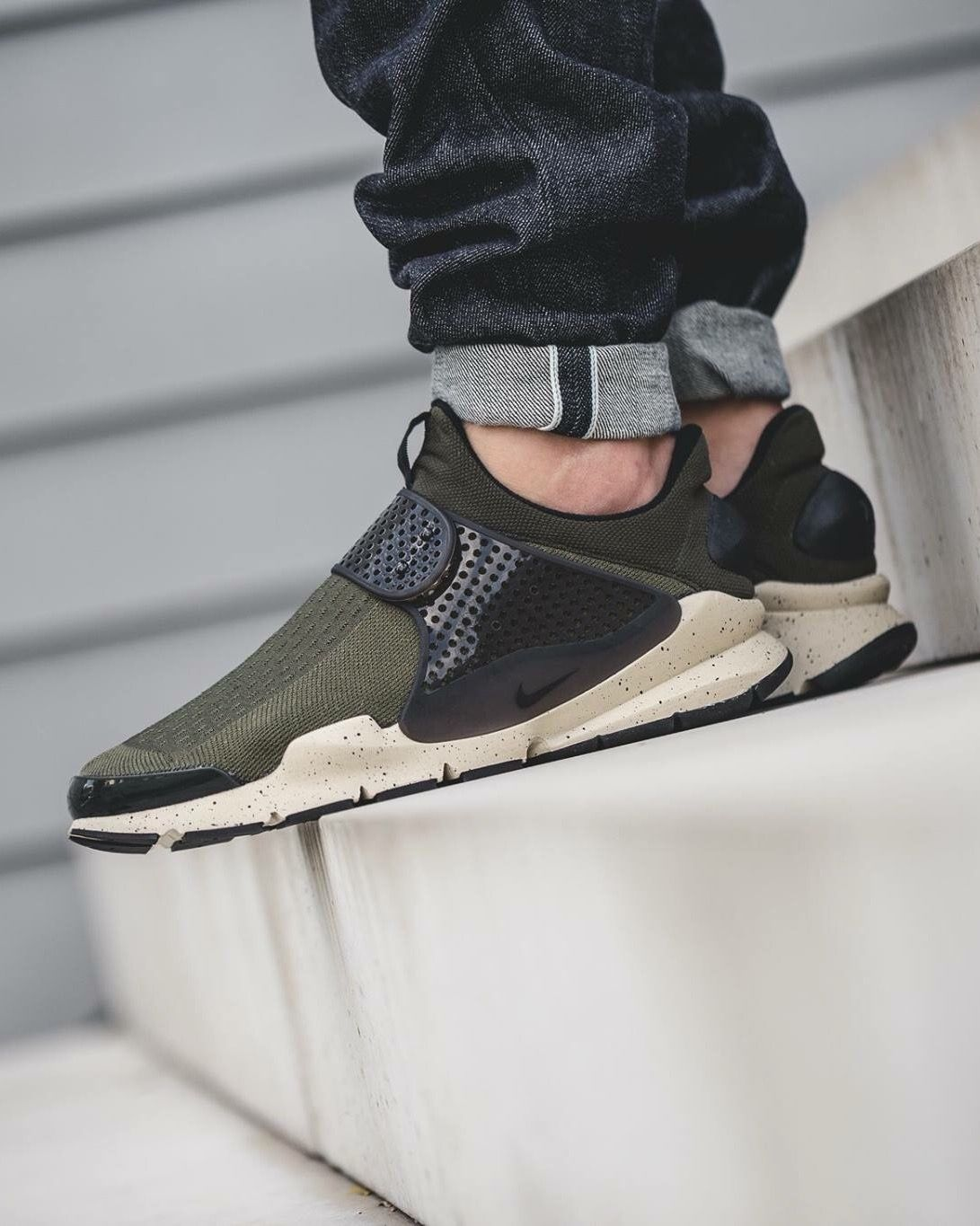 3eef866d Nike Sock Dart: Dark Olive | Shoe Game | Sneakers, Shoes, Sneakers nike