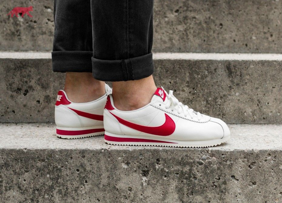 Nike Classic Cortez Leather SE (Sail / Gym Red)