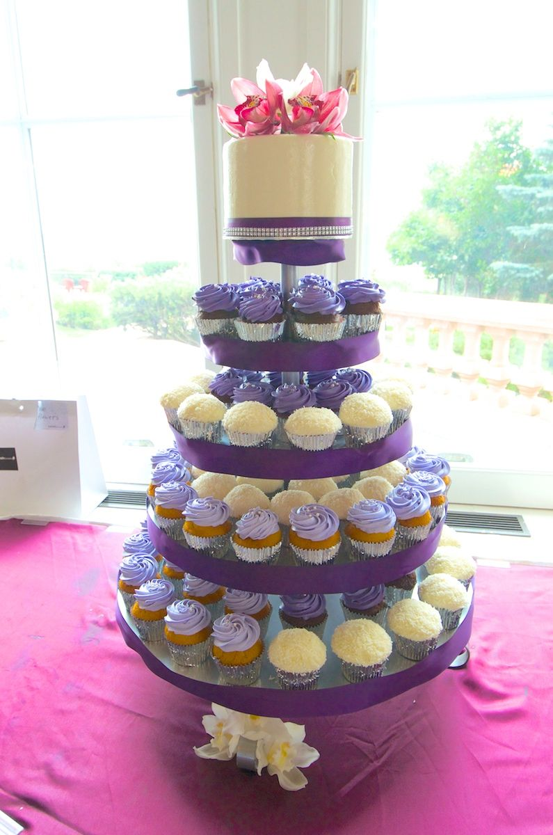 cupcake tower for wedding cakes purple and silver wedding cupcake tower with fresh flower 13155