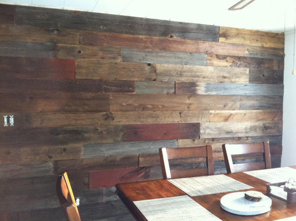 Reclaimed Wood Processed Barn Siding For Accent Wall Nice Site Tells All The Prep Work This Company Does To Processing Cleaning Up Old