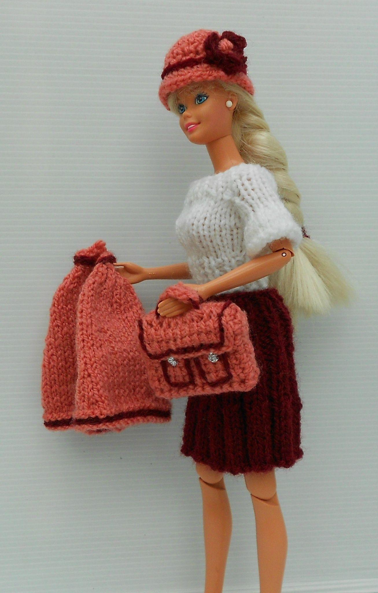 Barbie maîtresse d\'école - tatie fabie et ses bricoles