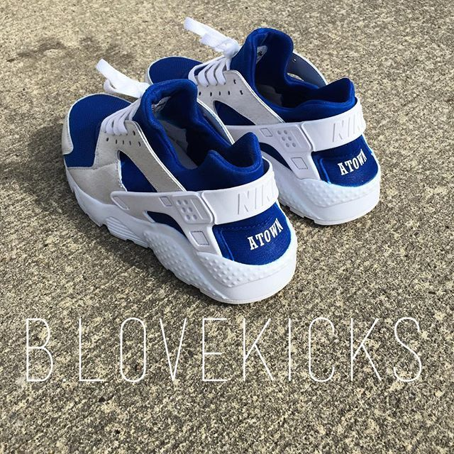 New custom Nike huarache run⚪️ for @atown0705
