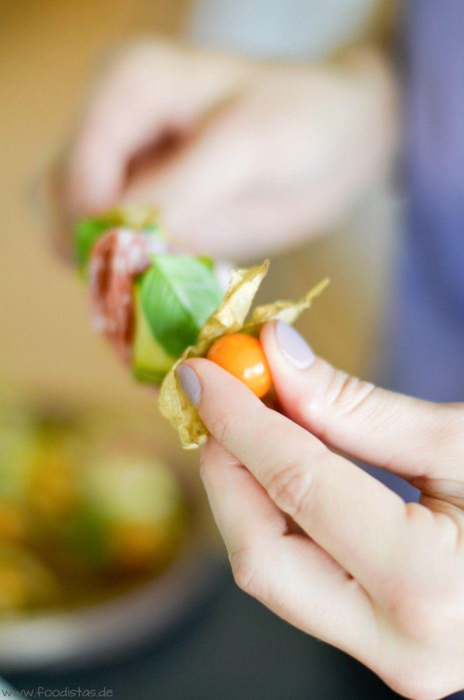 Bunte Antipasti Sticks von den [Foodistas]! Würzig eingelegt und hübsch aufgespießt! - Antipasti Sticks - http://foodistas.de/