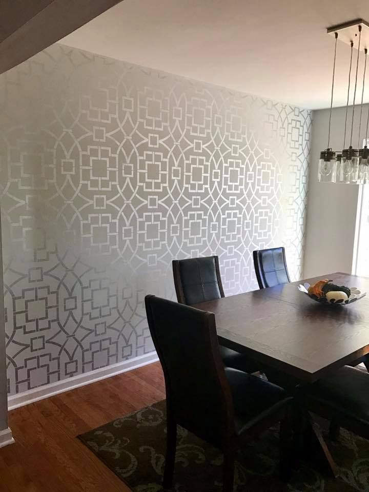 A diy stenciled dining room accent wall using the tea for Dining wall painting