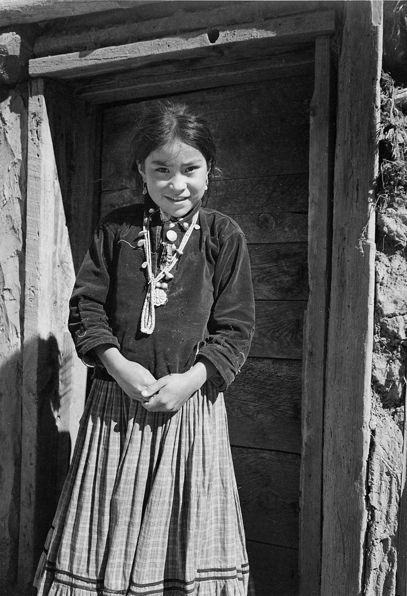 """""""Navajo Girl, Canyon de Chelle, Arizona."""" (Canyon de Chelly National Monument) (vertical orientation), 1933 - 1942 - NARA - 519948.jpg"""