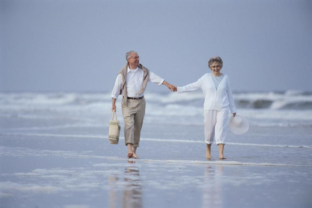Old Couple In Love Stock Photo - Image: 51142438