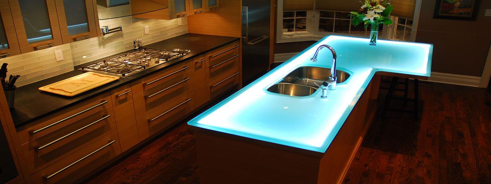 Kuchenarbeitsplatten Aus Keramik Fliesen Designs Fur Kuche Backsplashes Mit Mar Unique Kitchen Countertops Modern Kitchen Countertops Glass Kitchen Countertops