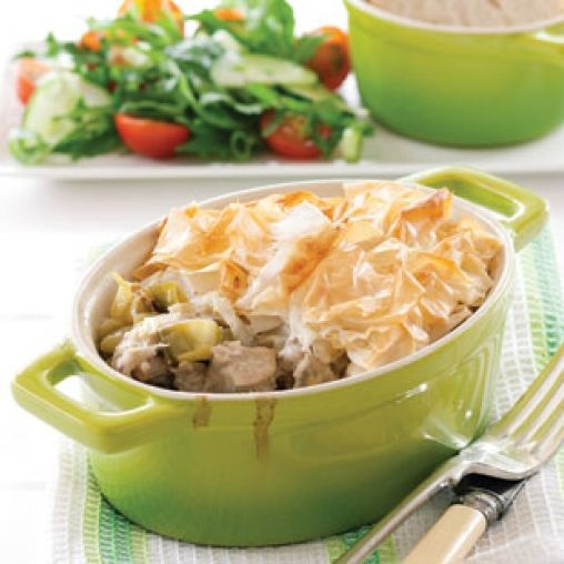 Chicken pot pies healthy food guide filo pastry pinterest chicken pot pies healthy food guide forumfinder