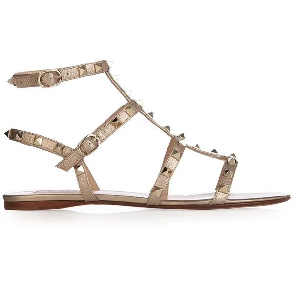 Valentino Rockstud flat leather sandals ($720) ❤ liked on Polyvore featuring shoes, sandals, gold, leather shoes, white leather sandals, white flat sandals, valentino shoes and embellished sandals