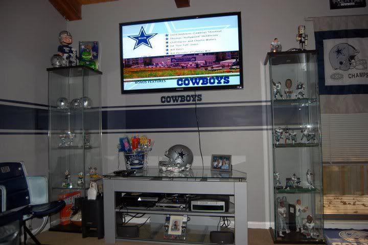 Robot Check Man Cave Decor Man Cave Entertainment Center Ideas Dallas Cowboys Room