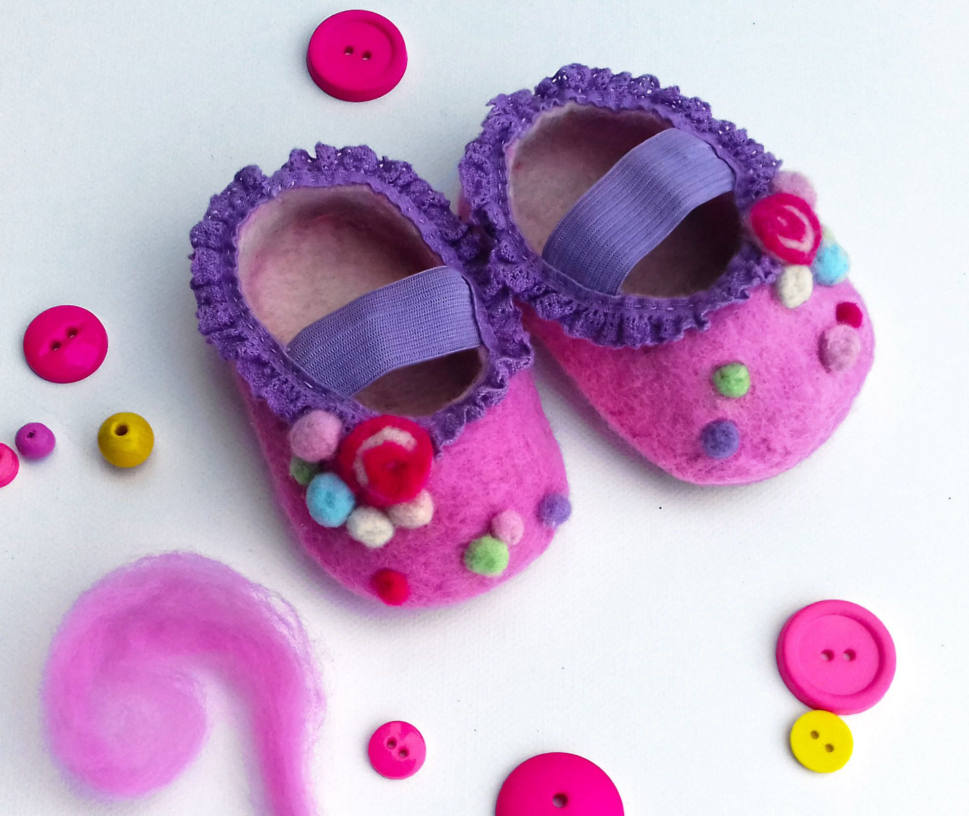 Candy Handmade baby shoes Wet felting candy sweets pink shoes