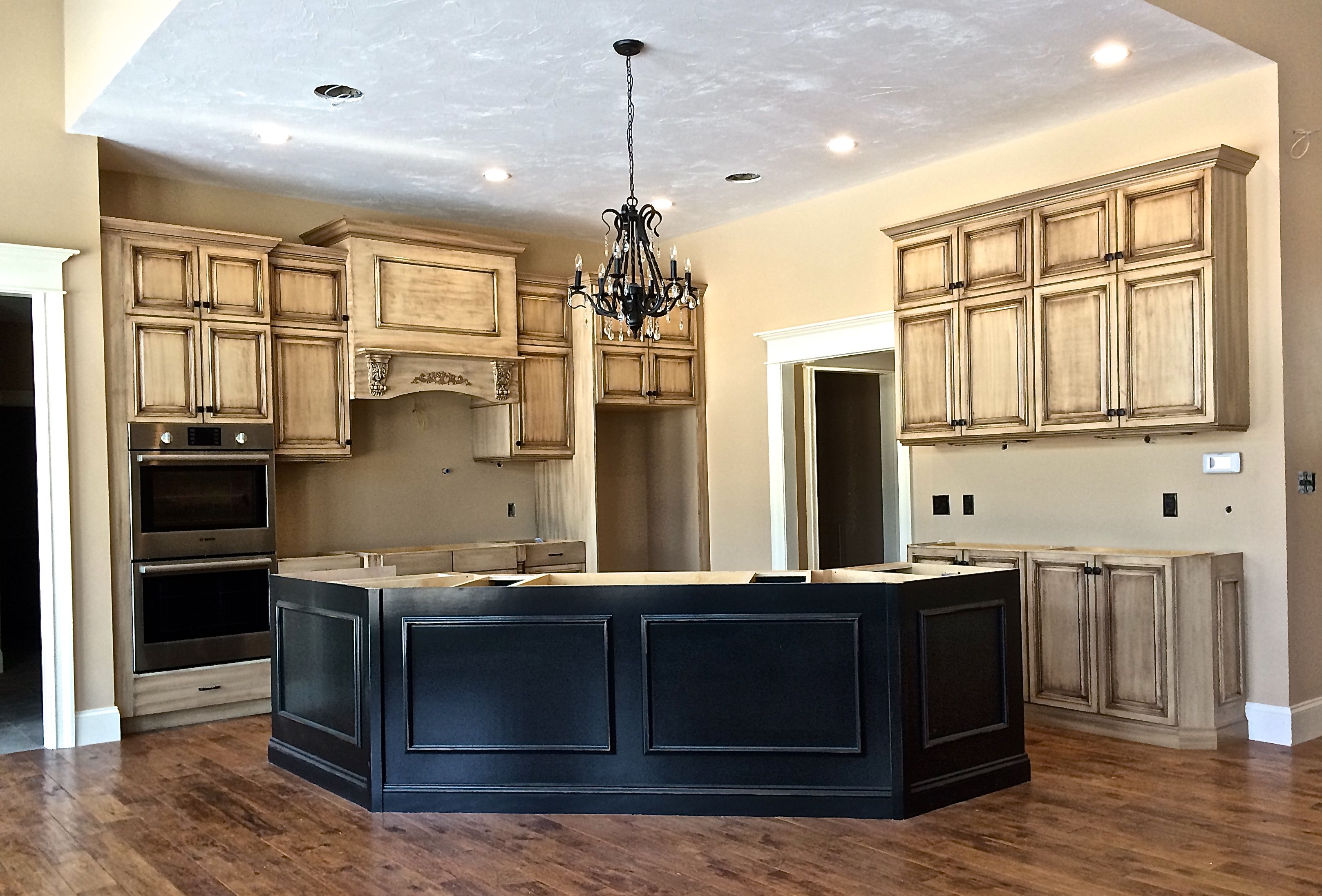 Frameless Full Overlay Cream Colored Cabinets With A Dark Brown Glaze Kitchen Cabinets Glazed Kitchen Cabinets Diy Kitchen Cabinets