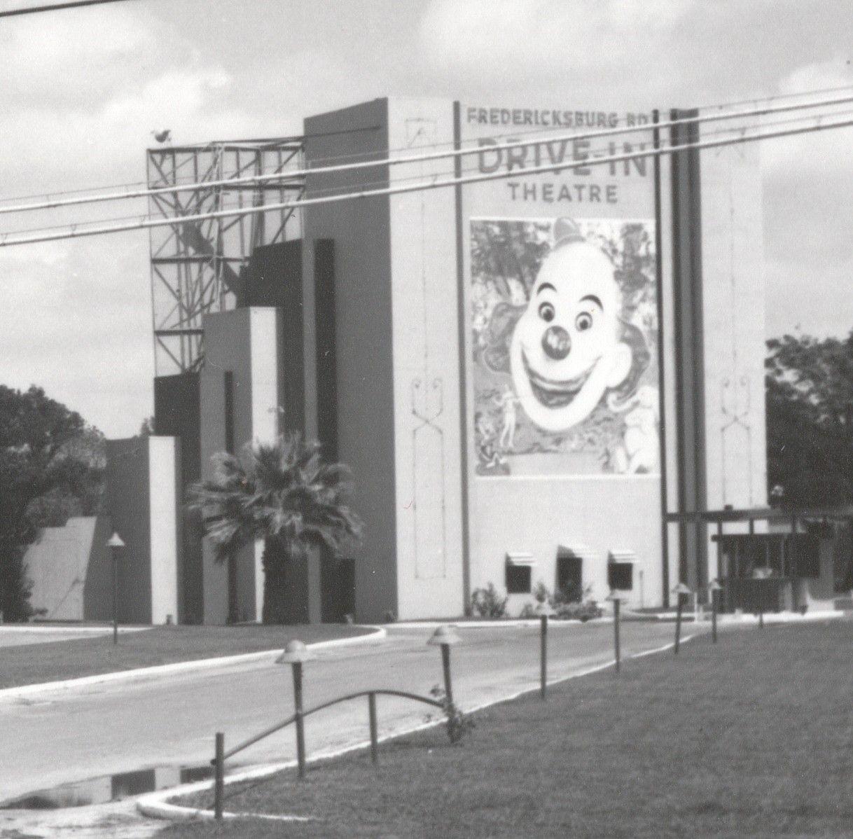Fredericksburg road drivein theatre san antonio tx