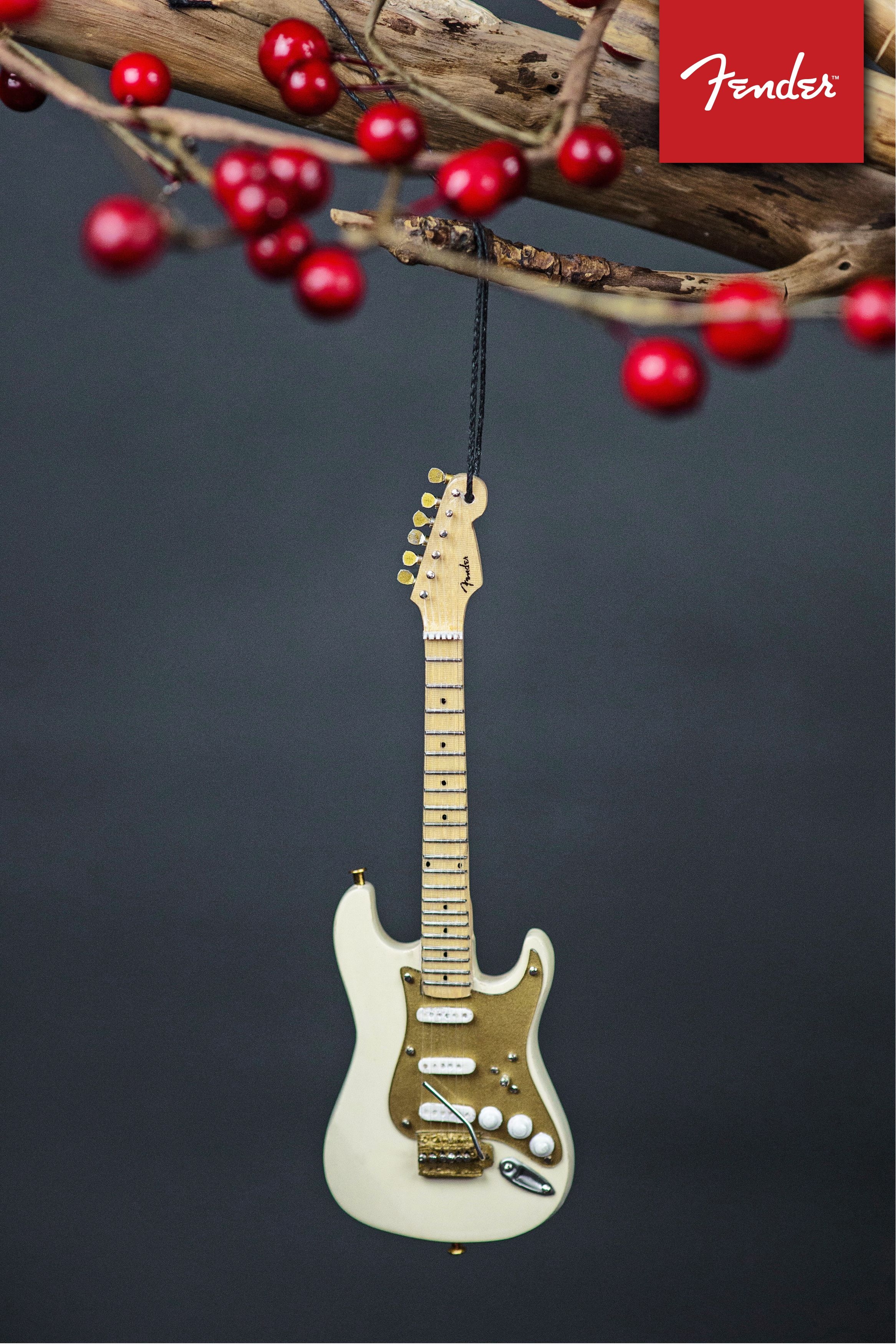 6 FENDER 50s Stratocaster Guitar Holiday Ornament  Cream