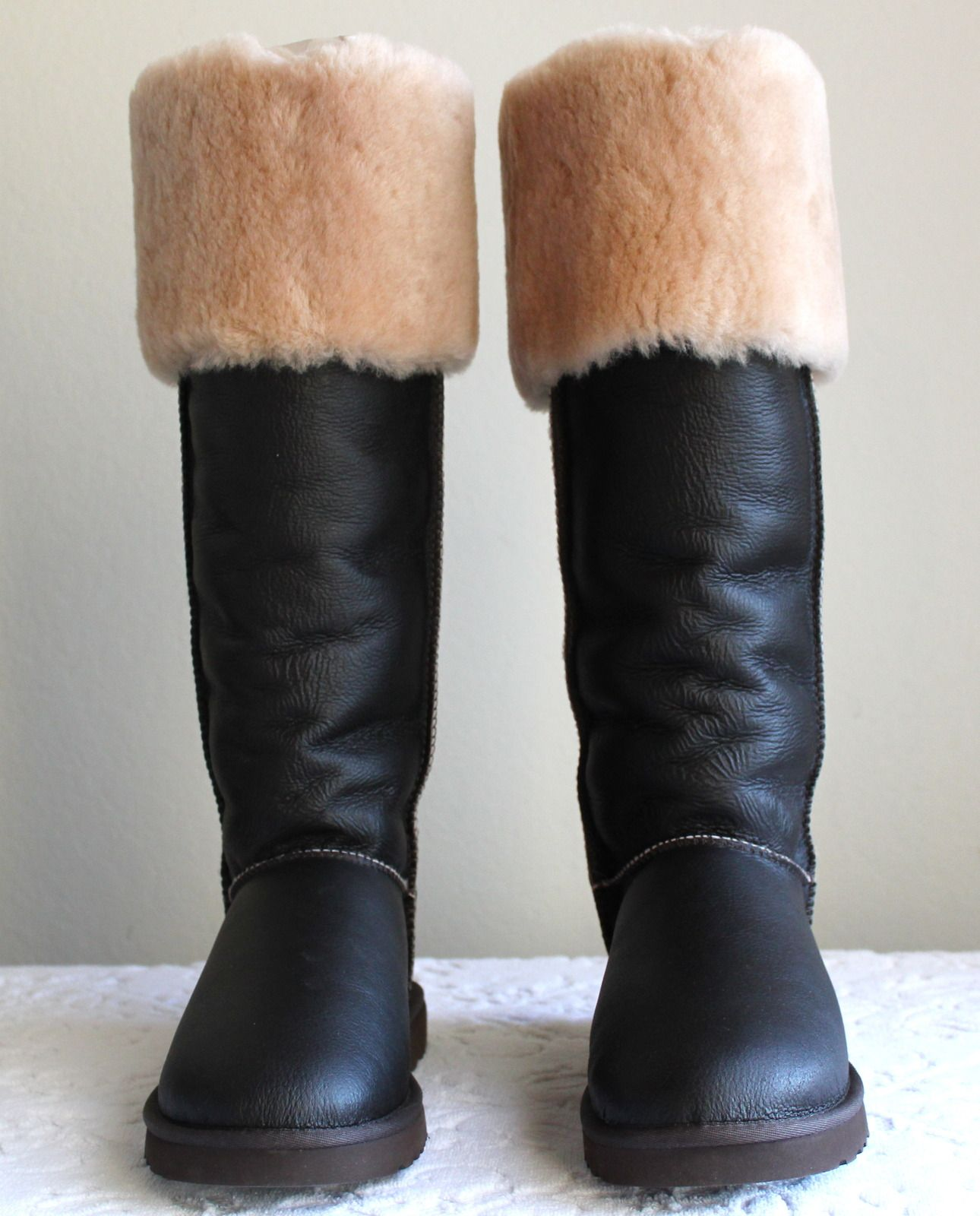 dd2d5a54b70 New UGG Australia Over The Knee Bailey Button 3175 W/LTSB Sz US 11 ...