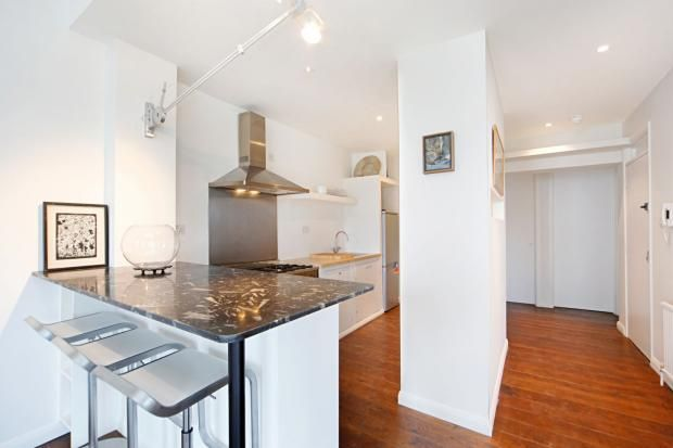 Kitchen 2 bedroom flat to rent Holland Park Avenue, London, W11 £1,500 pw  £6,500 pcm