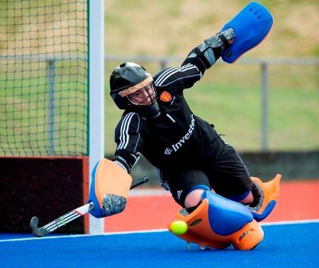 Maddie Hinch Hockey Maddie Hinch England Hockey Goalkeeper Training