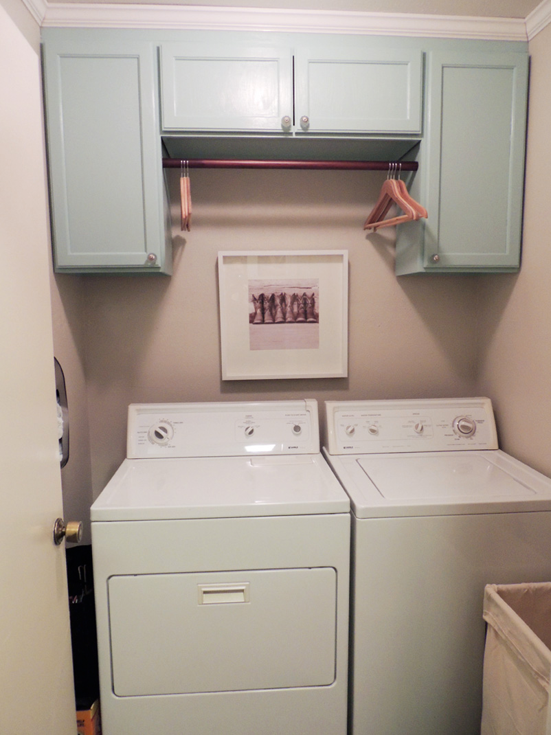 Google Image Result For Https Doordiy Files Wordpress Com 2013 02 Dscn0750 23 03 01 Jpg In 2020 Laundry Room Cabinets Laundry Cabinets Grey Laundry Rooms