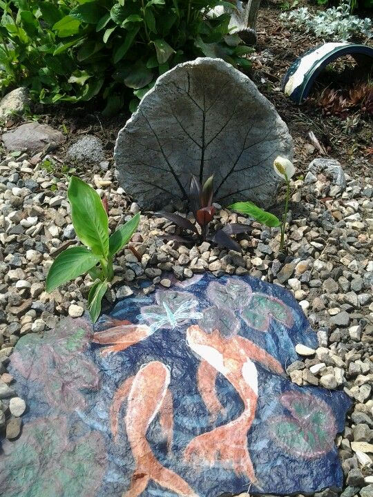 Faux fish pond painted on slate cute pinterest for Fish pond rocks