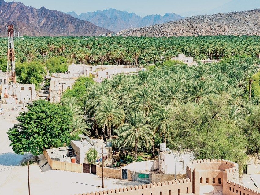 Murry Village A Perfect Getaway Murry Village In The Wilayat Of Al Rustaq In Governorate Of South Al Bat Beautiful Villages Travel And Tourism Tourist Spots