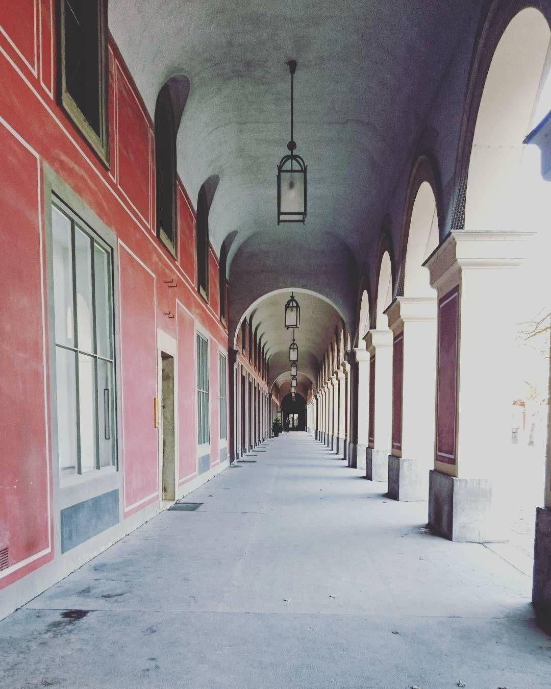 By rosenkind66: Bazar Gebäude am Odeonsplatz in München #arcade ...