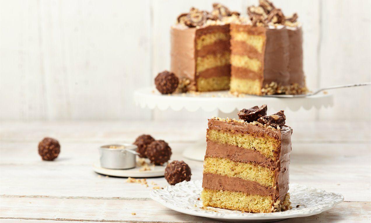 Kleine Rocher Torte Recipe In 2020 Baking Art Food Cake