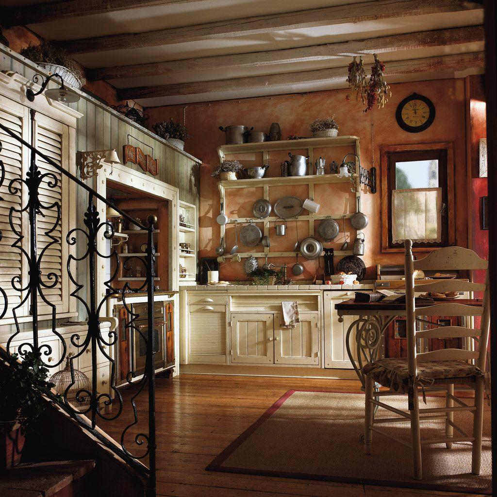 Marchi Group - Incontrada Cucina rustica in legno massello - Cucina ...