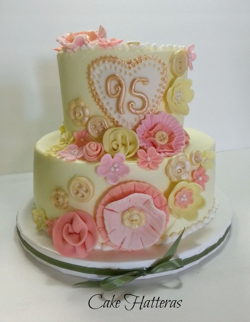A Vintage 95th Birthday Cake