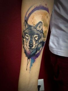 Watercolor Wolf Moon Tattoo Google Search Quotes Tattoos Etc