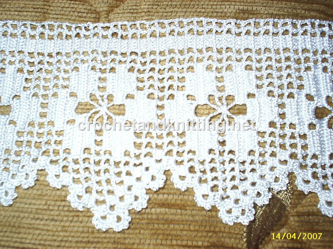 Free Crochet Pattern Tablecloth | FaveCrafts.com | Gorgeous crochet ...