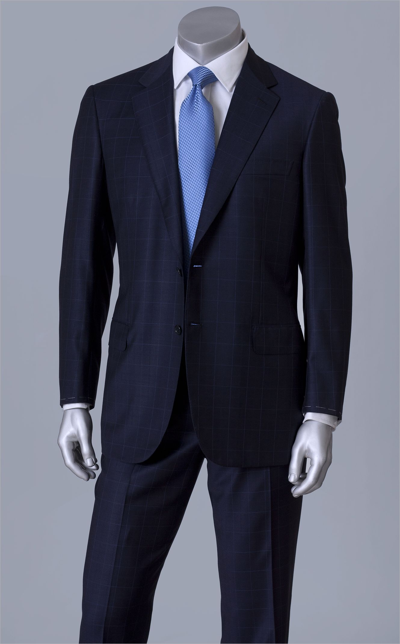 Brioni Dark Navy Suit Available As I Guess For 6500 Usd Suit Fashion Navy Suit Mens Fashion Suits