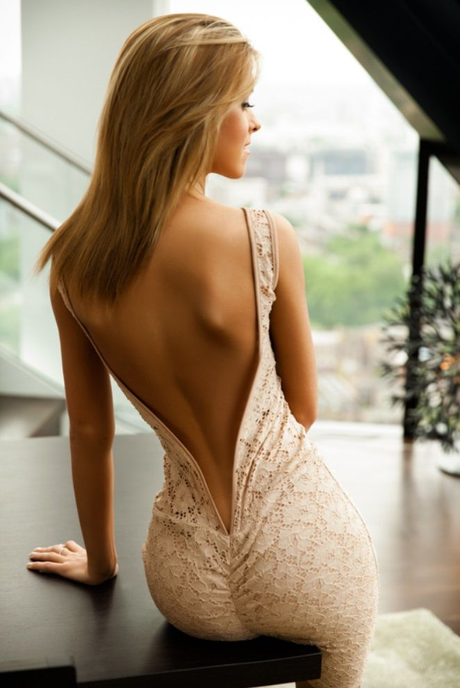 938a9b9885d0 Love this backless form fitting dress.