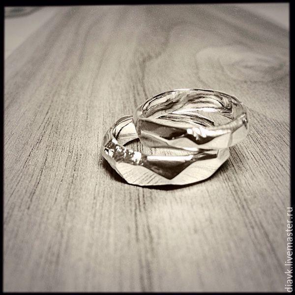 Свадебные украшения ручной работы. Заказать Обручальные кольца Грани любви.  DIAKIROSA. Ярмарка Мастеров. ac2610b8b3a