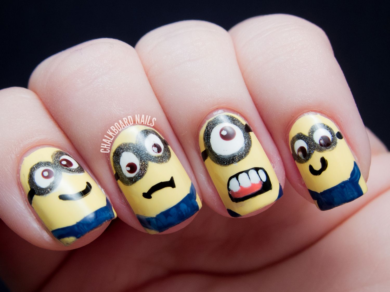 MINIONS!! - Despicable Me Nail Art