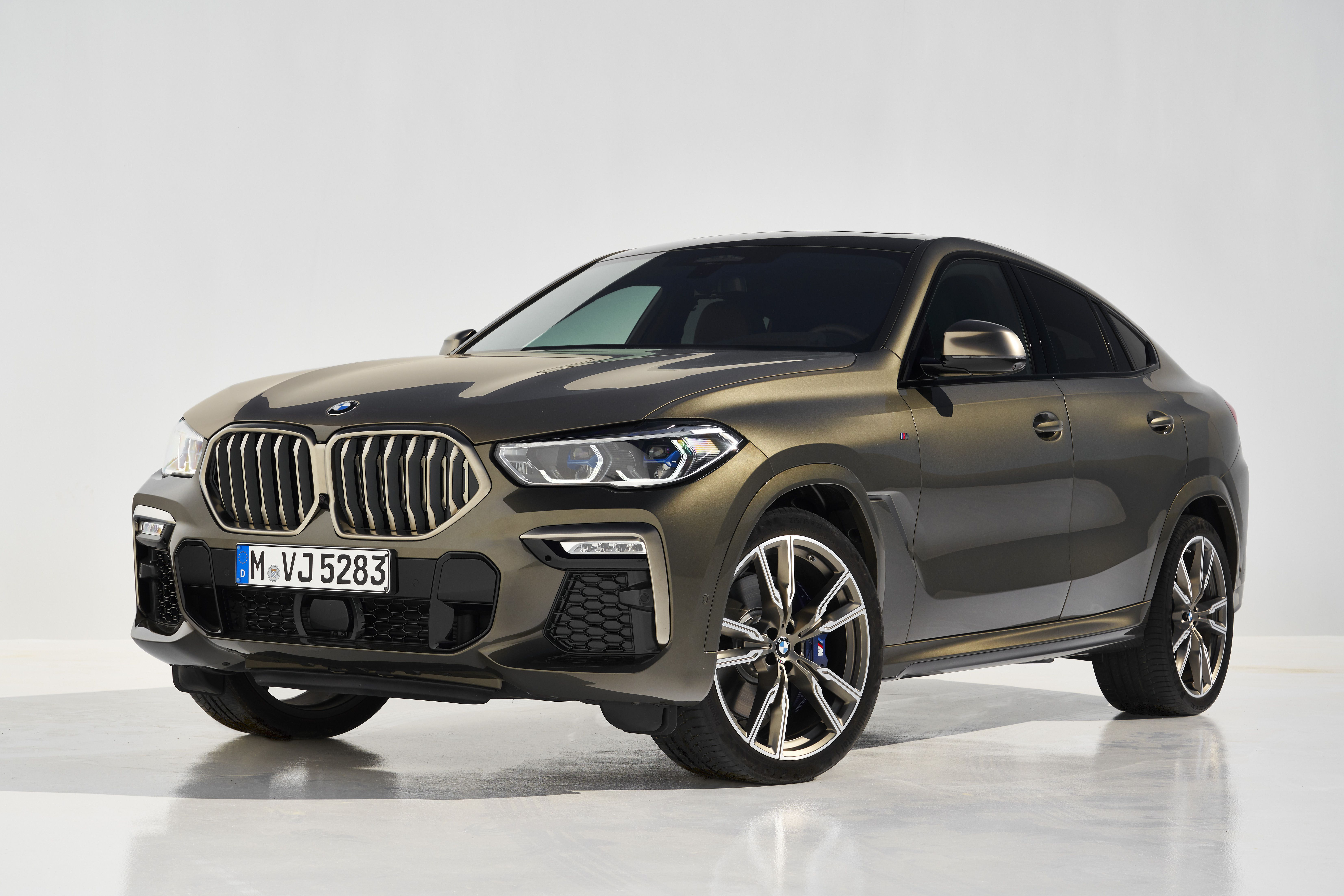 The 2020 Bmw X6 Is Bigger Quicker And Still Ridiculous Bmw X6 New Bmw Sport Suv