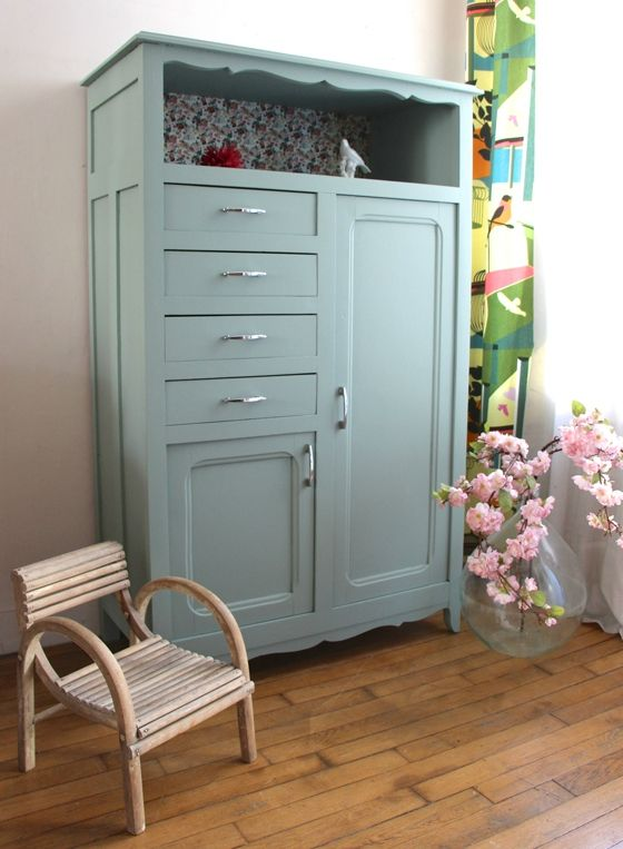 Armoire ancienne fleurs armoires pinterest armoires hutch cabinet and - Armoire ancienne relookee ...
