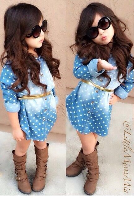 bb2fa76186ba Adorable. Dress, belt, shoes, and her hair and sunglasses make this styling  amazing! Love everything.