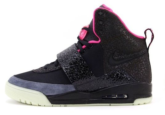 Extracción Cosquillas sacudir  NIKE AIR YEEZY 2 – BLACK/PINK #SNEAKERS | Nike, Nike shoes for sale, Nike  free shoes