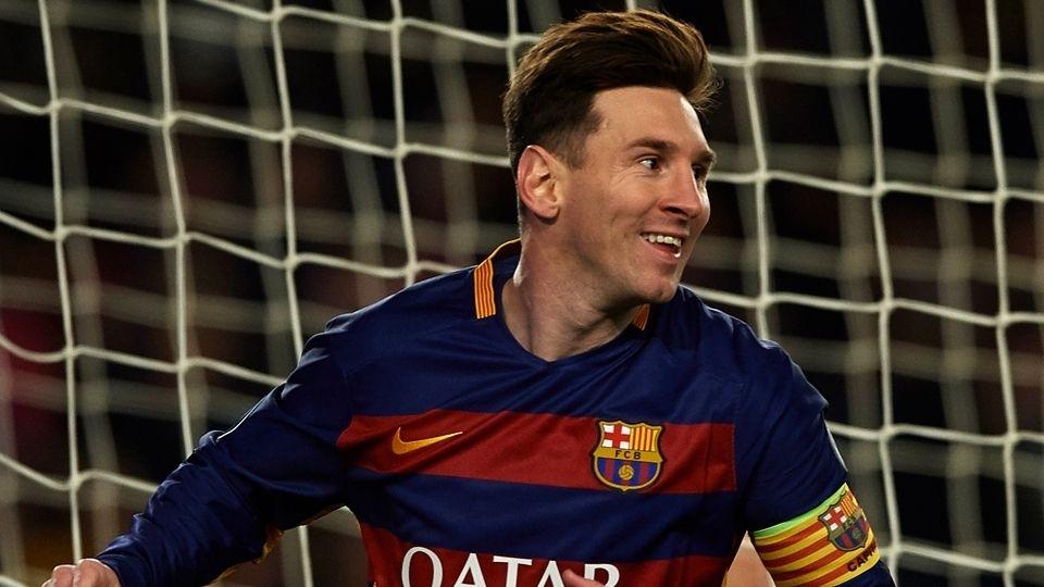 Minha Seleção 2015-Atacantes: Messi.