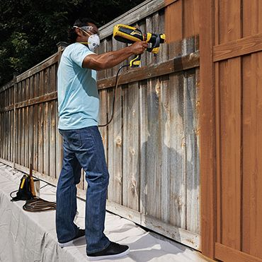 The Best Way To Paint An Exterior Fence