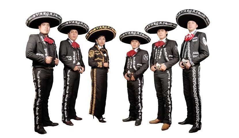 Vestimenta De Los Charros O Mariachis Y Sus Costumbres Charro Canciones Vestimentas