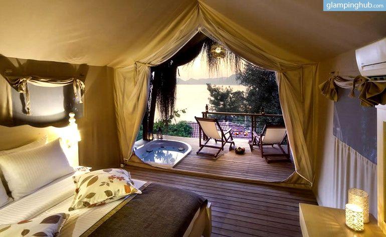 Exclusive Safari Tents Mediterranean Turkey | Gl&ing Turkey & Exclusive Safari Tents Overlooking the Turquoise Mediterranean ...